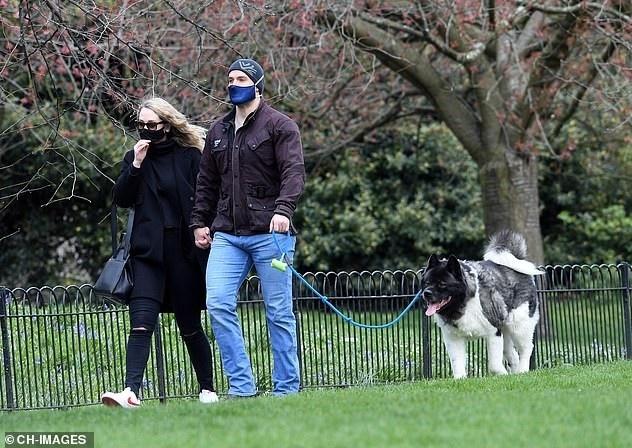 [閒聊] 超人/獵魔士演員亨利·卡維爾被捕獲