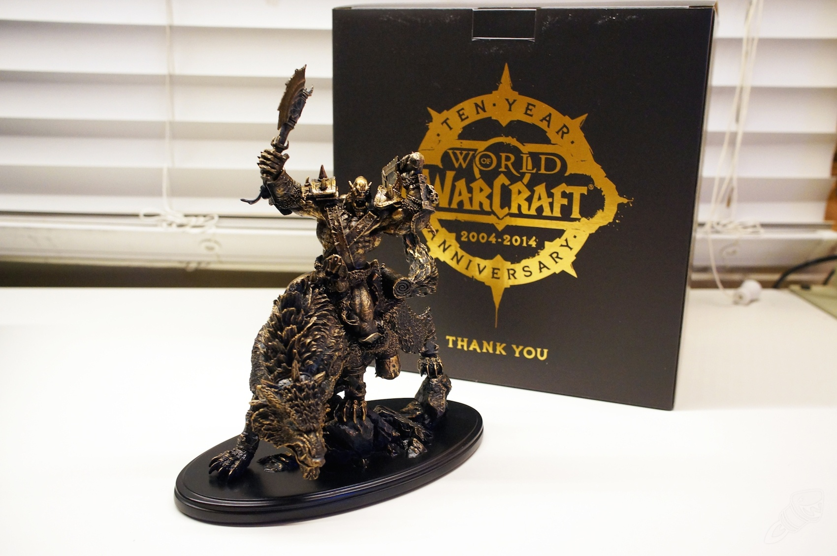 10th Anniversary Gift Orc Statue Photographs Eligibility Criteria